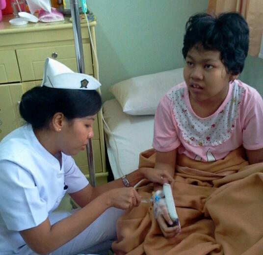 perawat di rumah sakit 1600 x 1200 158 kb jpeg rumah menghadirkan